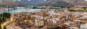 Cartagena is prachtig en de haven met zijn cruiseschepen spectaculair!